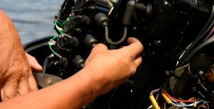 Natal Power Boats - Servicing Outboard motor
