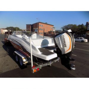 Classic 230 bow rider: 250hp HO Evinrude ETEC G2 with trim