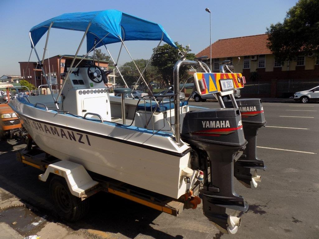Scorpion cat 16ft centre console with 2 x 40hp yamaha for Buy boat motors online