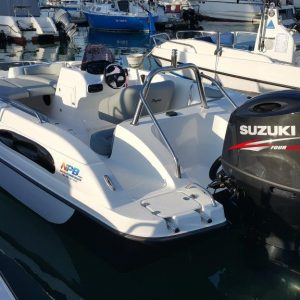 Pazazz 20ft deck boat