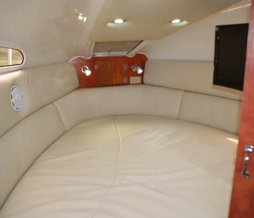 Flamingo 216 cabin