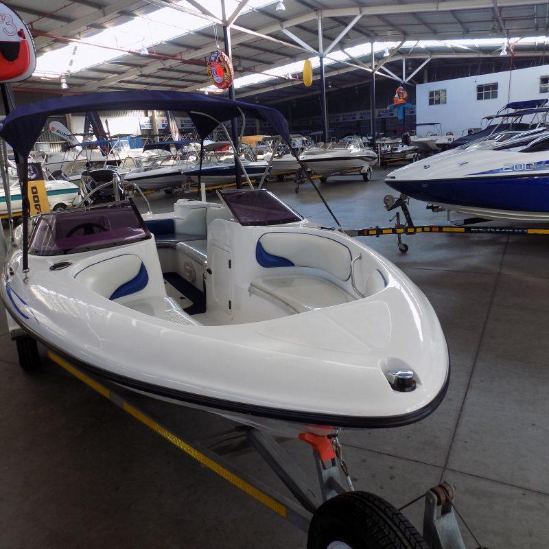 Esprit 17 ft on trailer 115 hp mercury optimax